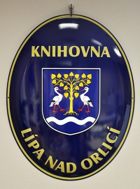 Enamel oval sign with a coat of arms, the name of a village/town/township and the name of an institution