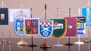 Table flags and stands