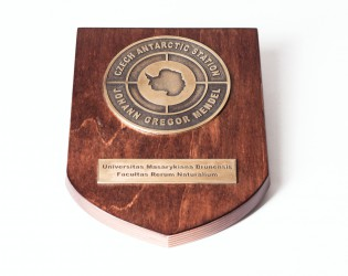Custom-made plaques
