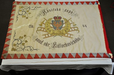 Historical banner of Volunteer Fire Brigade (SDH) Židlochovice, before its restoration
