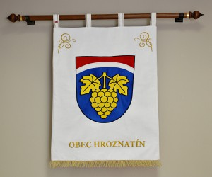 Embroidered banner of arms made for Hroznatín, large version