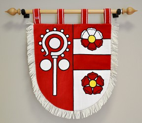 Embroidered banner of arms made for Čečkovice, smaller version