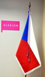 Sametová vlajka České republiky s praporovou šňůrou